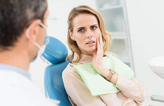 Female patient concerned about toothache